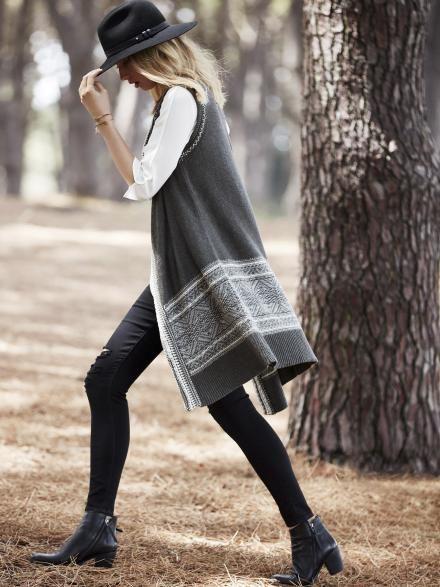 Jenna Sleeveless Jacquard Knit Vest