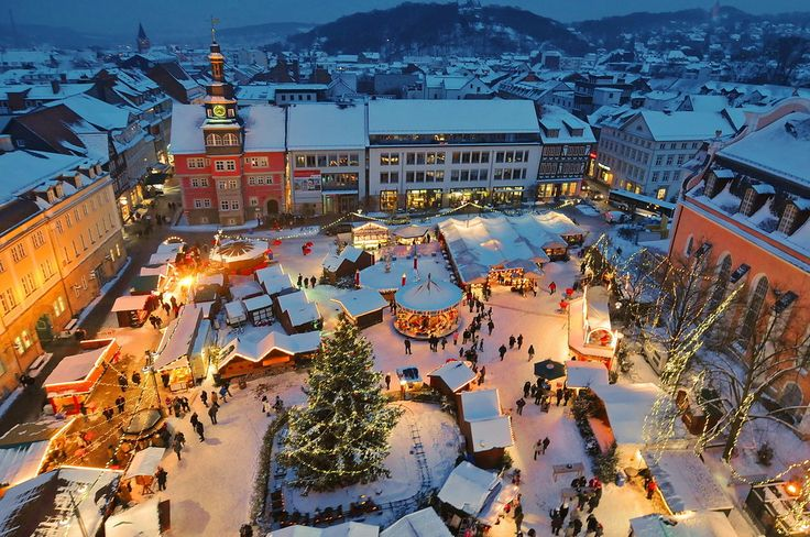 Weihnachtsmarkt in Eisenach, 2010 http://fc-foto.de/23155672