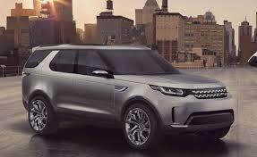 """blogmotorzone:  Land Rover Discovery Sport. El Land Rover Discovery Sport ha sido visto con """"el traje de camuflaje"""" haciendo kilómetros en el Infierno Verde de Nurburgring..."""