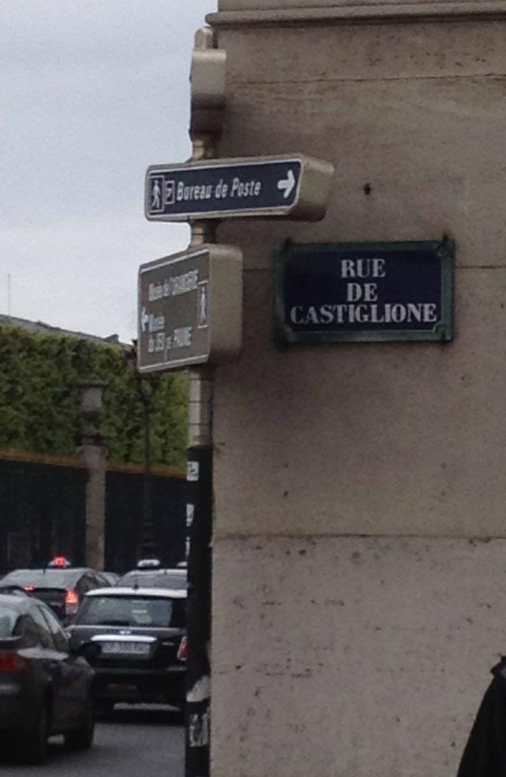 Rue de Castiglione è la trafficata via di Parigi in cui si trova la nuova casa di Matteo Fontana
