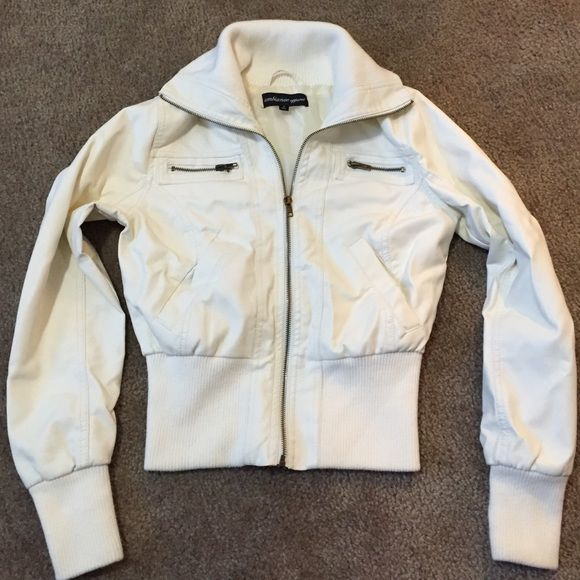 """Ambiance Apparel Sz small wht non leather jacket Small 100% polyurethane white jacket! New w/o tags. I bought it from Burlington Coat Factory. Really nice jacket, just never got the chance to wear it. Arm length 18"""" from collar to bottom 23"""" chest 16"""" waist 12"""" Jackets & Coats"""