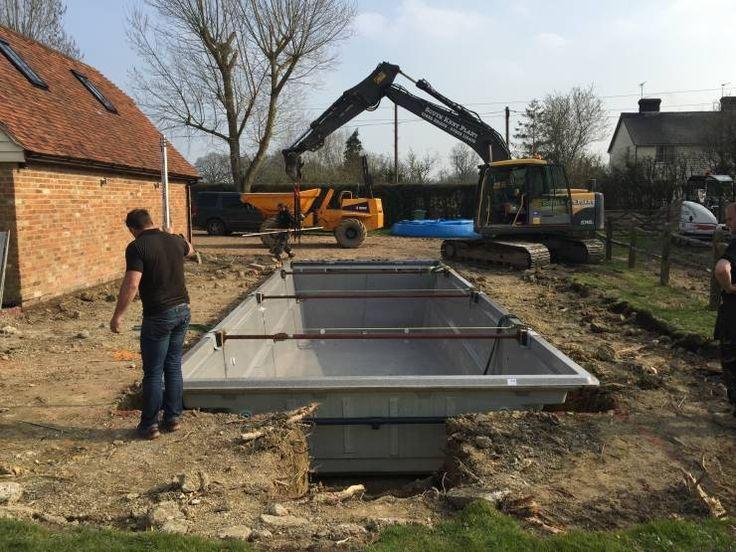 Una piscina prefabricada ¡Lista para instalar!