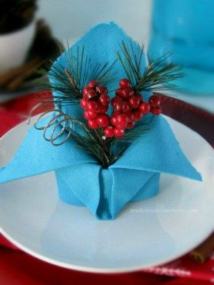 Holiday Crown Napkin Tutorial