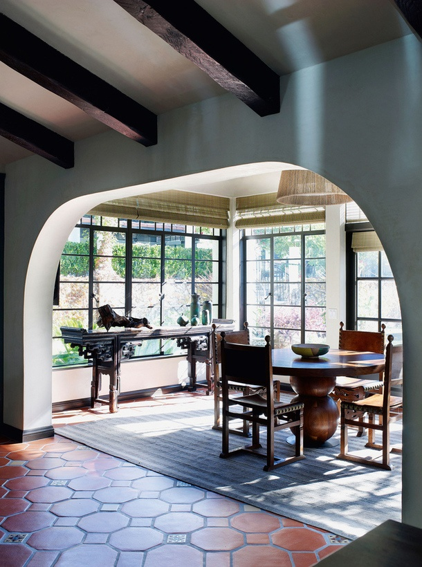 I would love to have a dining room thats so open like this