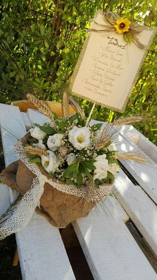 Cestini in juta con decorazione floreale rigorosamente fatto a mano..#wedding #events #handmade #allestimento
