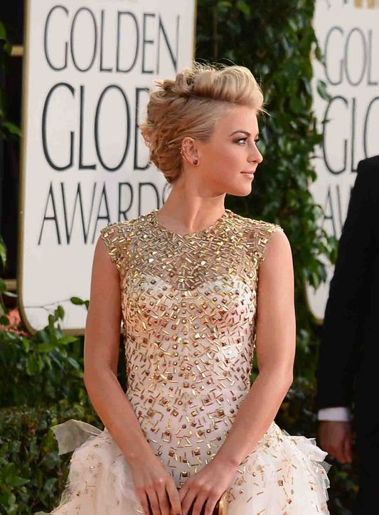 How to Get the Cool Julianne Hough Updo That Won Our Best-of-the-Golden-Globes Poll Last Night: Girls in the Beauty Department