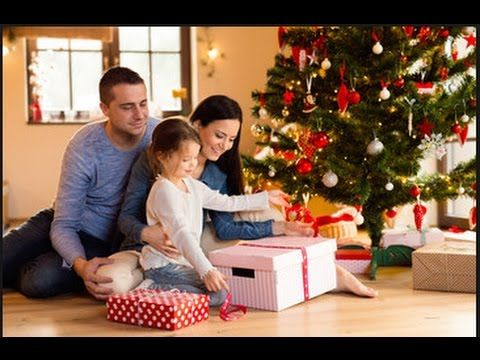 Hallmark christmas movies 2017 new romantic american for Hallmark christmas movie schedule 2017