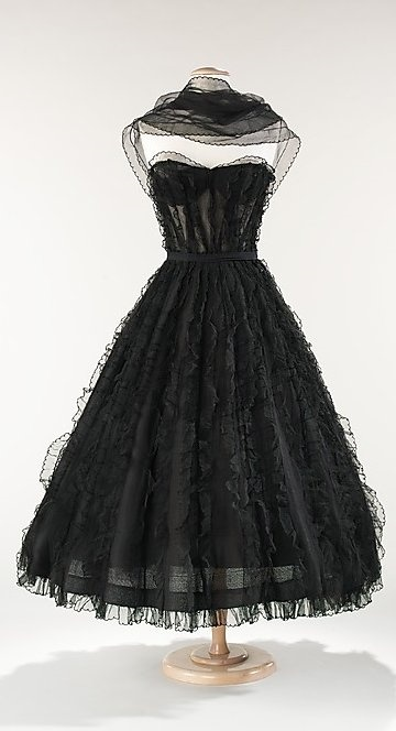 Chanel Dress - c. 1957 - House of Chanel (French, founded 1913) -   Design by Gabrielle 'Coco' Chanel (French, 1883-1971) - Silk