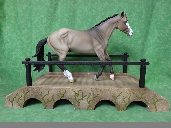 horse model  COUNTRY BRIDGE