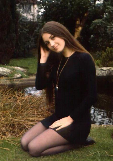 Jane Seymour Ass 70