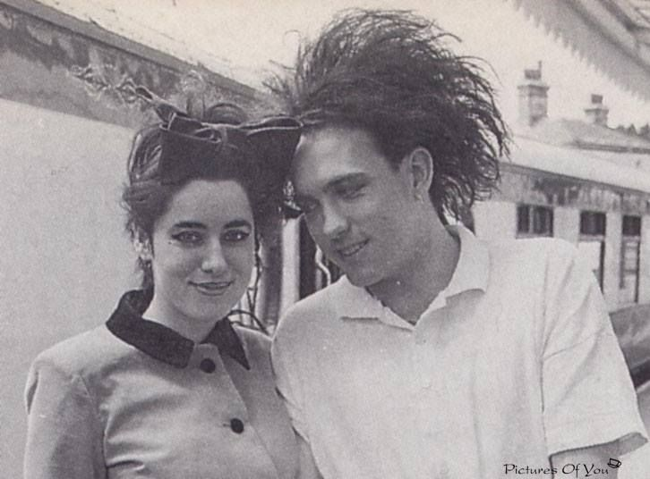 robert smith and mary poole relationship