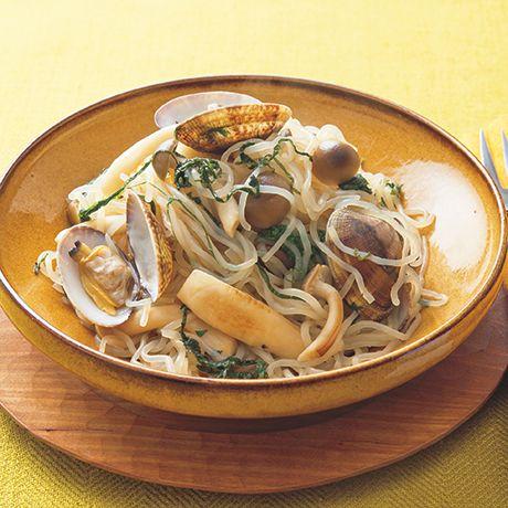 あさりときのこのしらたきパスタ | 小林まさみさんのパスタの料理レシピ | プロの簡単料理レシピはレタスクラブネット