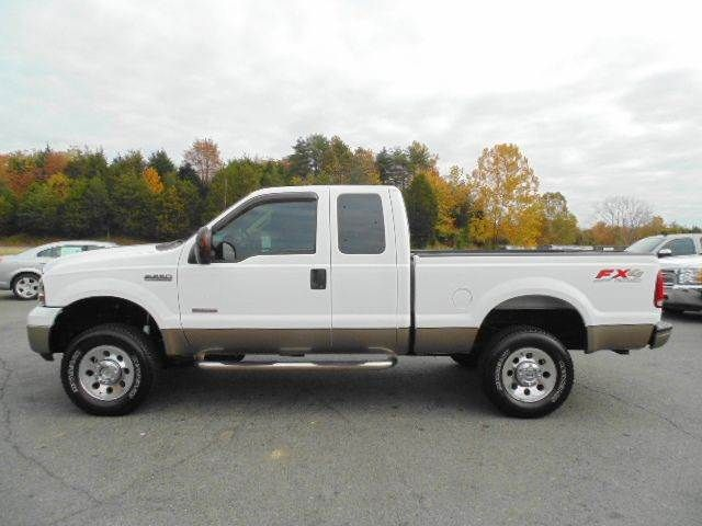 www emautos com 2005 ford f 250 super duty xlt extended cab 4x4 short bed diesel truck for sale. Black Bedroom Furniture Sets. Home Design Ideas