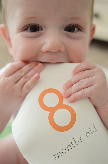 great idea for baby photos