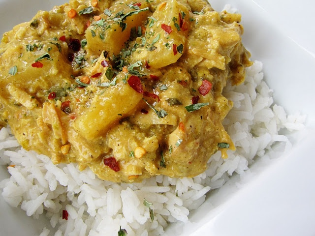 slow cooker coconut chicken curry with pineapple - Nate said this was the best thing I ever cooked!