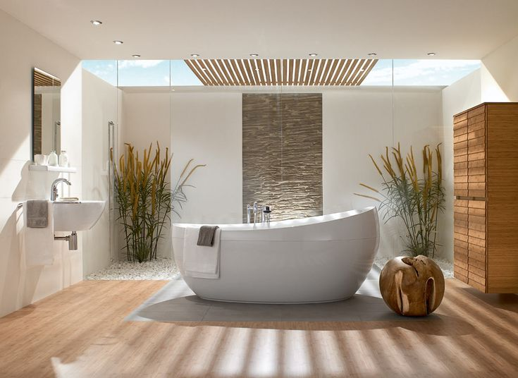 likes the warm tones of this simple bathroom