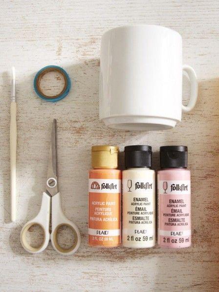 Peppen Sie Ihr altes Porzellan mit frischen Pastellfarben auf. Wie das geht? Wir zeigen Ihnen Schritt für Schritt wie Sie Ihr Geschirr aufhübschen.
