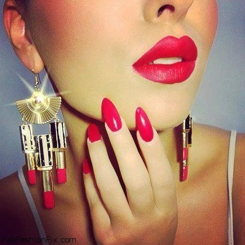 Red nails #ManiHappy
