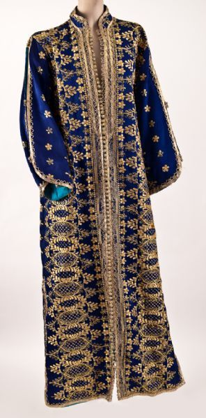 This was followed by a kaftan trimmed with gold embroidery and beading.  The bidding closed at $9,124, which was four times the estimate.