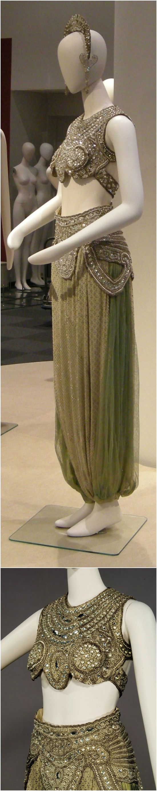 Evening costume by Paul Poiret, 1911-1920, at the Kobe Fashion Museum.
