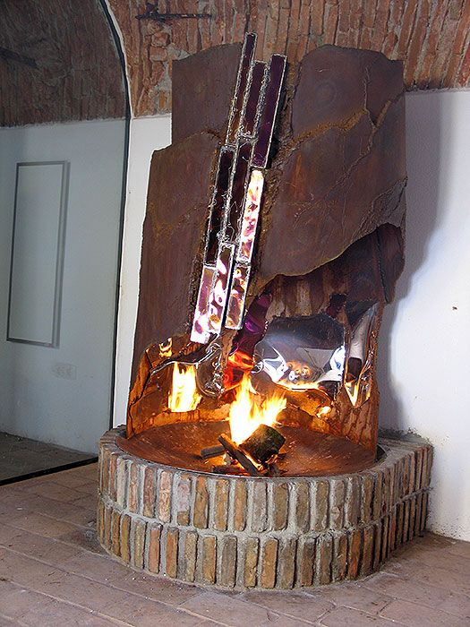Gahr Metal Art Studio Fireplace Sculpture Lassen