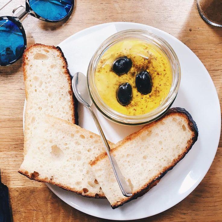 I had an amazing girl time today with delicious hummus and mimosas. - - - - - - - - - - - - - - - - - - #hummus #hummusdip #prague #praha #praga #letna #cobra #czechia #czechrepublic #food #foodie #foodshare #foodpic #foodporn #healthyfood #healthylifestyle #healthybreakfast #healthyeating #health #dip #girls #girltalk  #breakfast #brunch #weekend #sundays #sundaymood