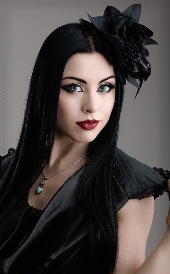 Model: Lady Kat EyesPhotographer: DigitalbeautystudioWelcome to Gothic and Amazing  www.gothicandamazing.org
