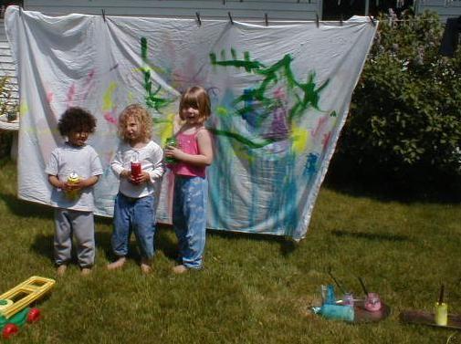 backyard art muralArt Clothing, Backyards Art, Outdoor Painting, Fun Projects, Art Murals, Magic Childhood, Kids Stained, Crafts Sheet, Infancia Mágica