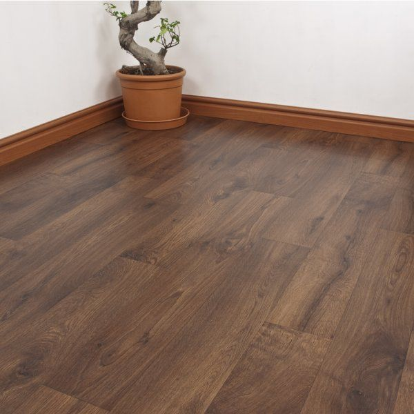 Our Serana Cape vinyl flooring has a rich, dark oak colour with realistic grooves and knots to give it the feel and appearance of the real deal, at a fraction of the price of real wood. Ideal for kitchens and bathrooms due to it's water resistance, non slip, resilent, and perfect for kids and pets.