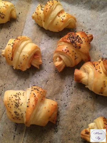 Mini croissants saumon fumé et philadelphia - ma recette en cliquant sur la photo
