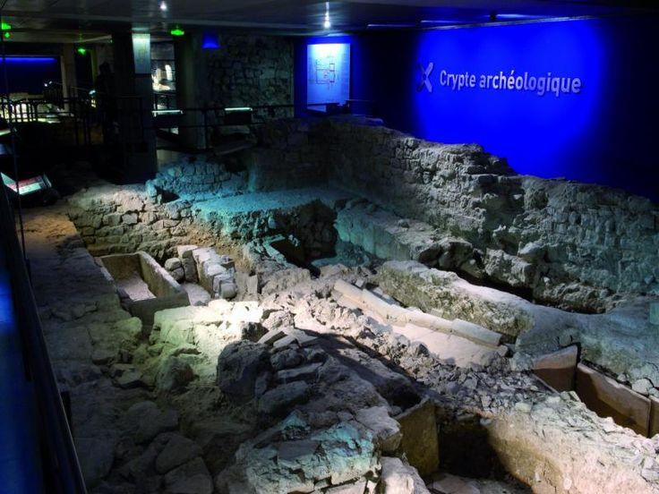 Digne-les-Bains: Archeologisch Crypt Digne-les-Bains - France-Voyage.com