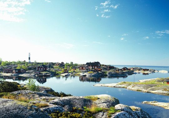 I loved cruising along the Archipelago in Sweden as we left Stockholm. It reminded me of Maine