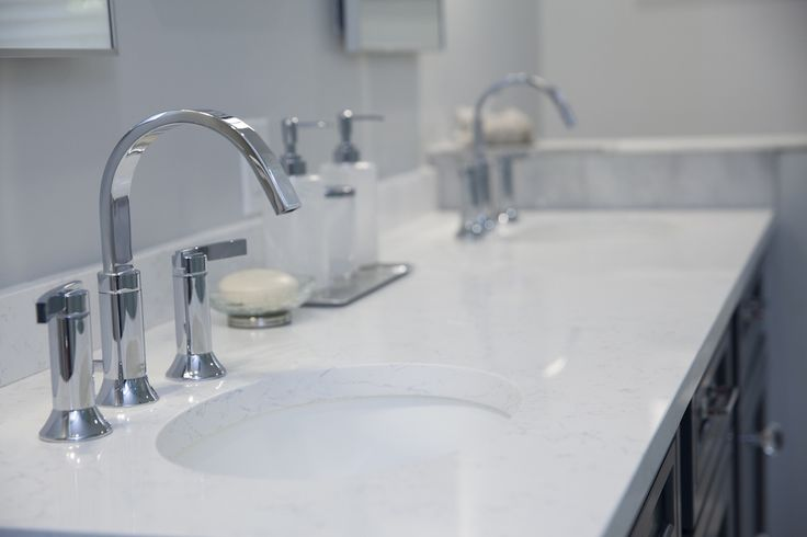 Bathroom Countertop In Coarse Carrera Dupont Zodiaq