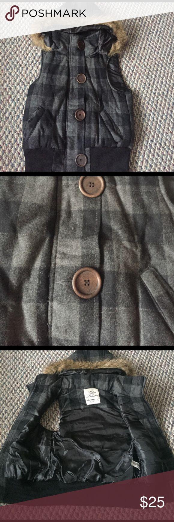 Urban Behavior Vest - Small - Super Cozy- Urban Behavior Vest - Small - Super Cozy- Removable Hood - worn a few times Urban Behavior Jackets & Coats Vests