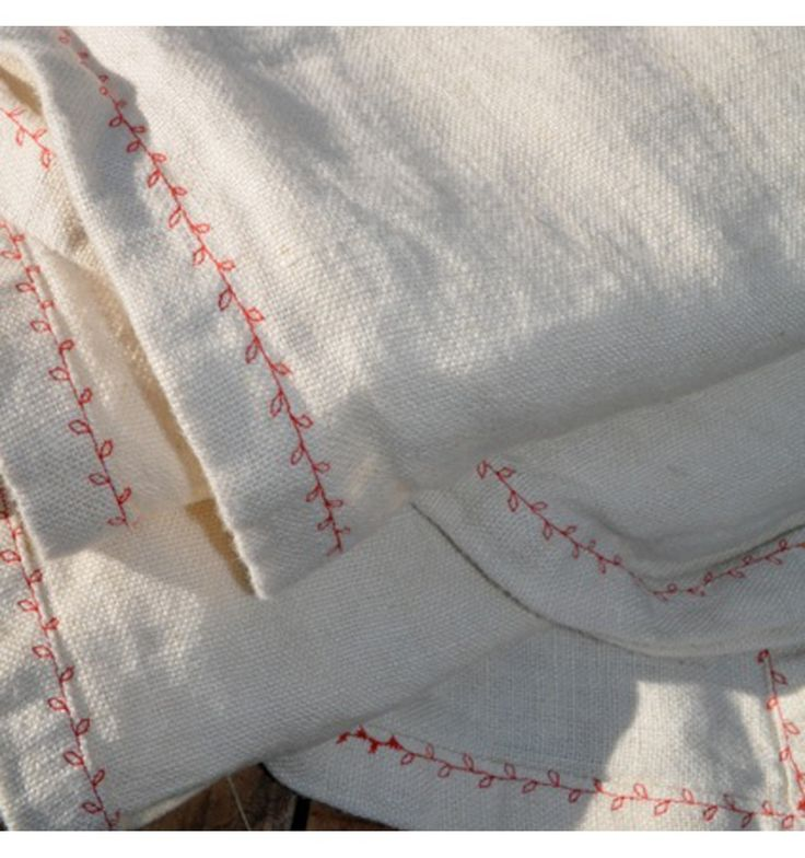 embroidered leaf chain - French Flax Linen Sheet
