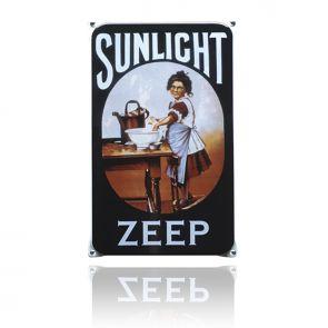 Terug naar vroeger met Sunlight zeep! Extra nostalgisch op een handgemaakt, emaille reclameborden dat bijna niet van origineel te onderscheiden is.