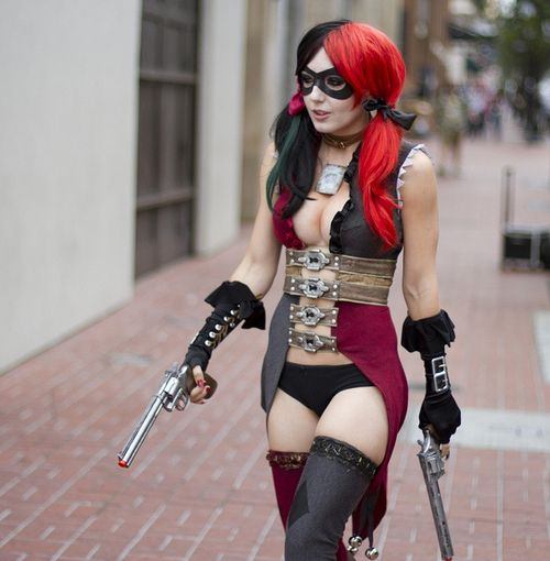 Harley Quinn Cosplay.  My Harley costume ally