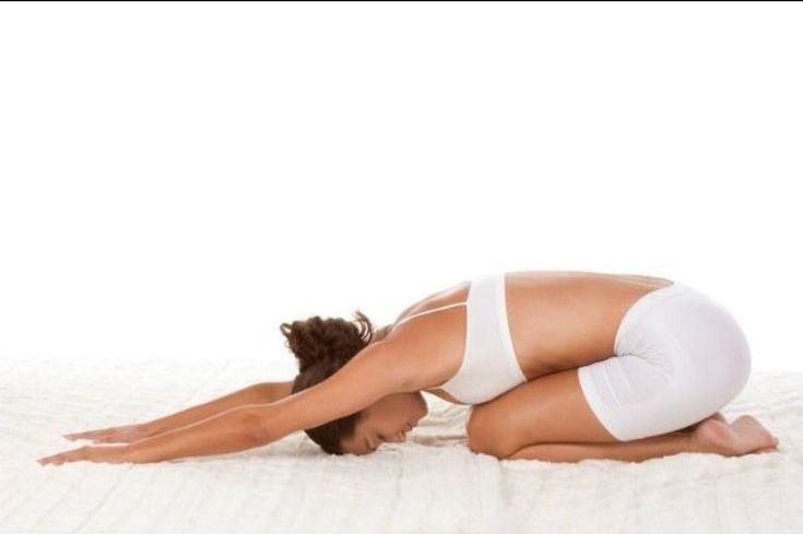 Les poses de yoga que vous devriez faire tous les matins