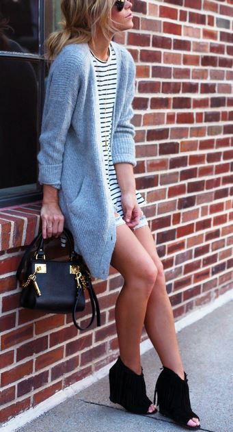 Perfectly fashionable, casual between seasons outfit!: