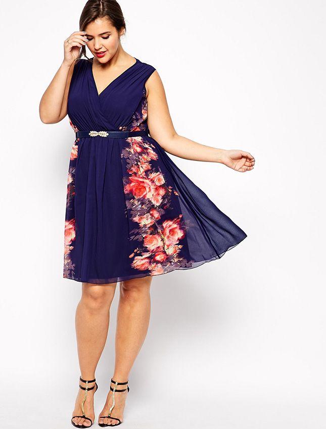 Cómo Vestir si tienes Sobrepeso para una Boda en Primavera - Mujer y Estilo