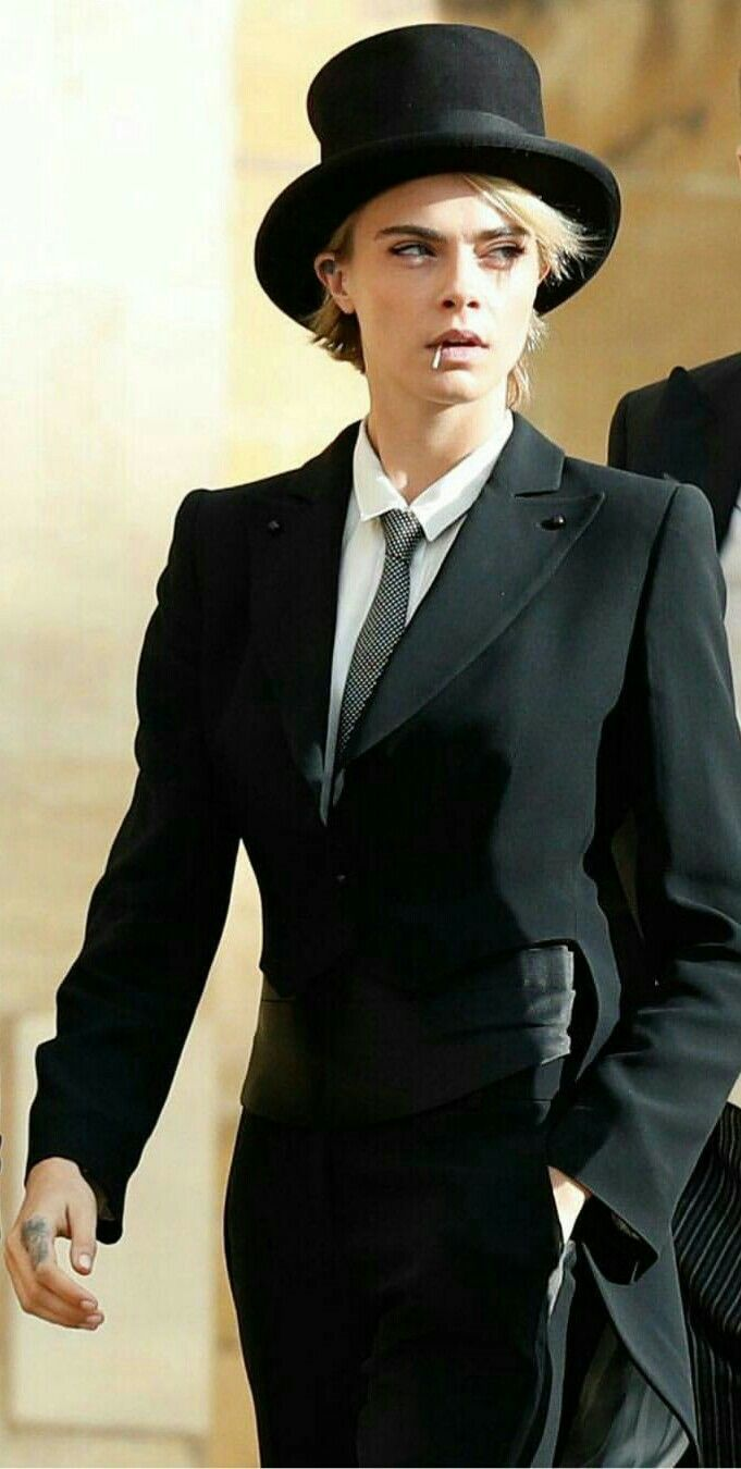 Pin By Kanna On Cara Delevingne Tomboy Fashion Androgynous Women Suits For Women