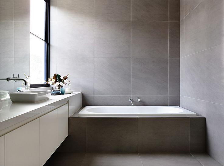 Best 25+ Built in bathtub ideas on Pinterest | Bathtub ...