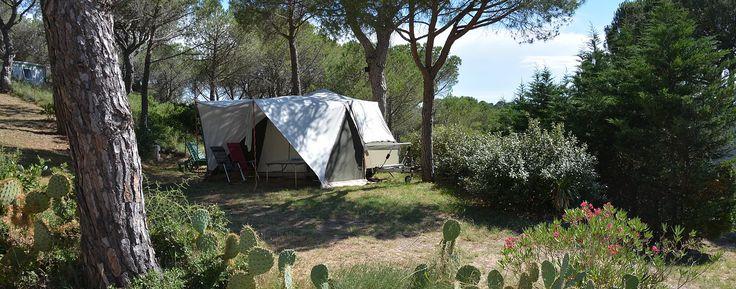 NABIJ GINESTAS Camping Figurotta, calme & piscine en Roussillon, prox. Narbonne (11). Faites une escale sauvage en Pays Cathare, à Bizanet, entre Port-Leucate & Carcassonne.