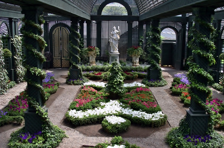 Italian Room, Doris Duke original greenhouse last day view