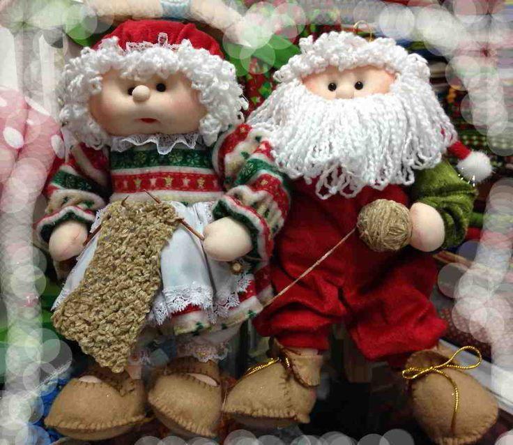 Pareja de Noeles tejedores