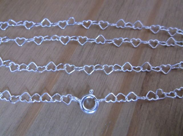 Sterling Silver 16 inch Hearts Necklace £14.00
