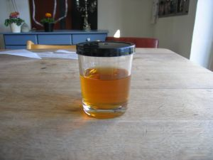 Birkesaft-sirup Du kan lave en dejlig sirup af birkesaft. Her finder du opskriften.