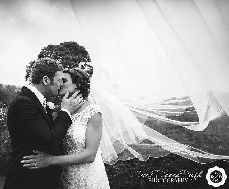 Introducing the new Mr and Mrs Jones! ❤️ #wedding #happycouple #weddingphotographer #weddingphotography #brideandgroom #bride #groom #weddingsinwales #weddingportraits #mr&mrs #northwalesweddings #countrysidewedding #justmarried #ciaradoonerushphotography #love #weddingveil #amazingveil http://gelinshop.com/ipost/1515825133317878802/?code=BUJSu11BXQS