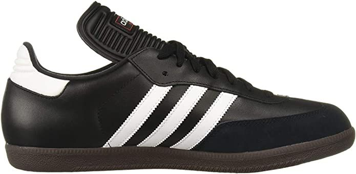 Soccer shoes, Soccer shoe