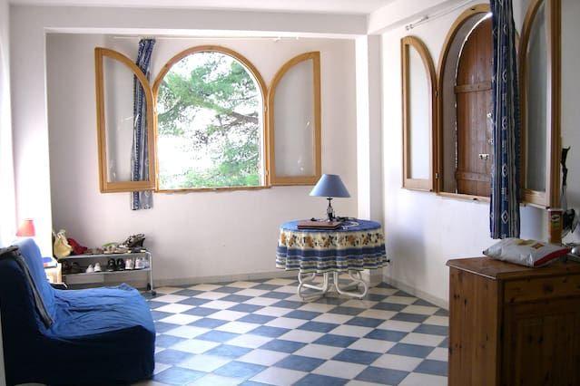 appartement dans villa avec jardin case in affitto a